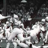 The Detroit defense against Baltimore Great Johnny Unitas