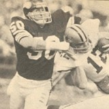 Jeff Siemon sacks Roger Staubach