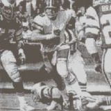Archie Manning scrambles against the Philsdelphia Eagles during 1974