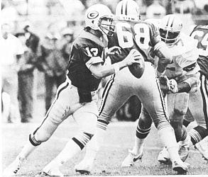 NFL Quarterback Lynn Dickey, 1971 to 1985