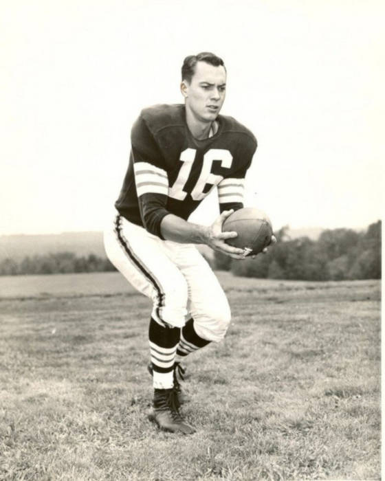 Rookie Browns QB Milt Plum in 1957