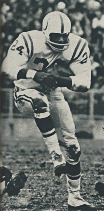 Colts Halfback Lenny Moore in 1965