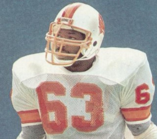 Read more about the article Lee Roy Selmon