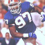 Buffalo Bills linebacker Cornelius Bennett