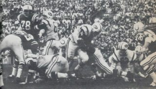 Matt Snell of the NY Jets scores in Super Bowl III