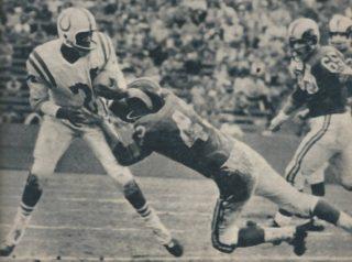 Lenny Moore in 1957 against Rams